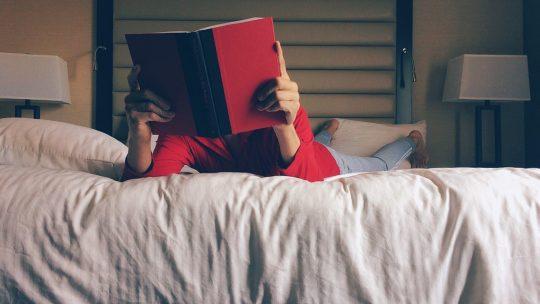 Goede verlichting mag niet ontbreken in de slaapkamer